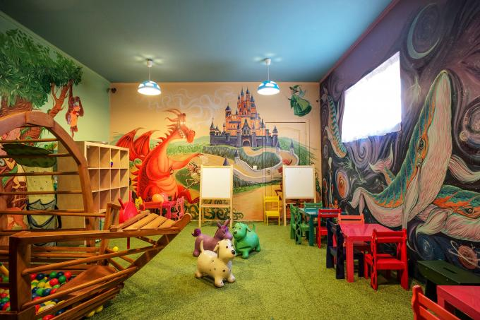Children's room restaurant kilikia